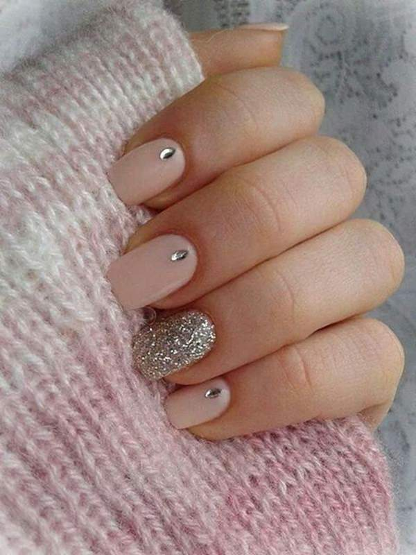 32 easy designs for short nails that you can try at home cute nail designs 1 prinsesfo Gallery