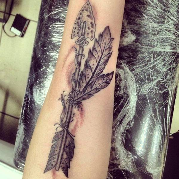 55 inspiring arrow tattoos that will make you want to get inked immediately. Black Bedroom Furniture Sets. Home Design Ideas