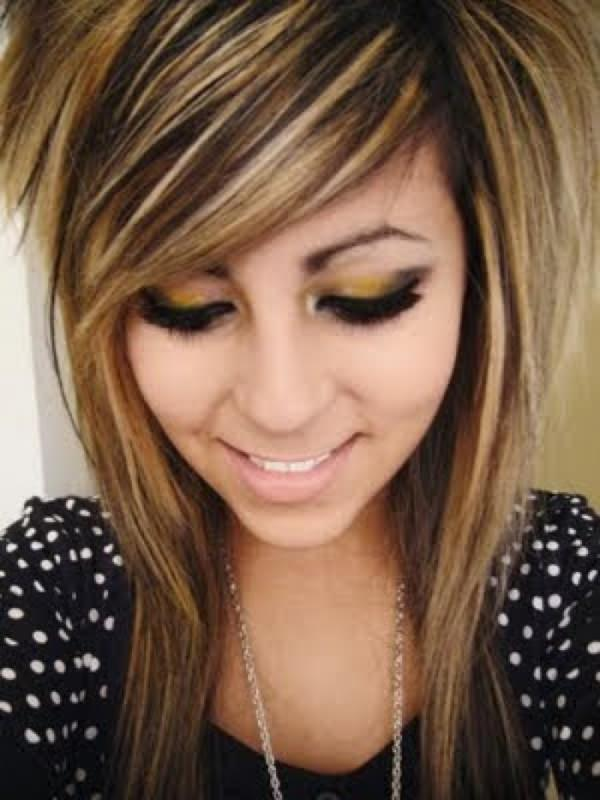 44 amazing emo hairstyles that will blow your mind emo hairstyles 1 urmus Choice Image