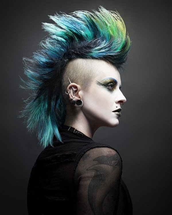 50 Shaved Hairstyles That Will Make You Look Like a Badass - 90S Womens Hairstyles