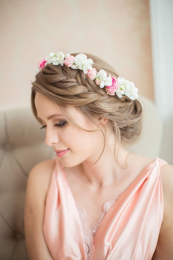 40 of the most amazing wedding hairstyles for your big day 8280116 wedding hairstyle junglespirit Choice Image