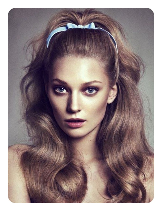 102 Iconic 70's Hairstyles To Rock Out This Year