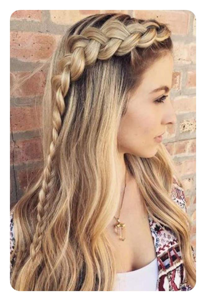 82 Graduation Hairstyles That You Can Rock This Year