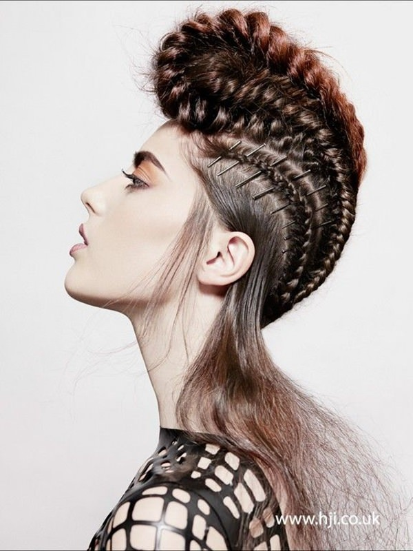 braided mohawk hairstyle 20