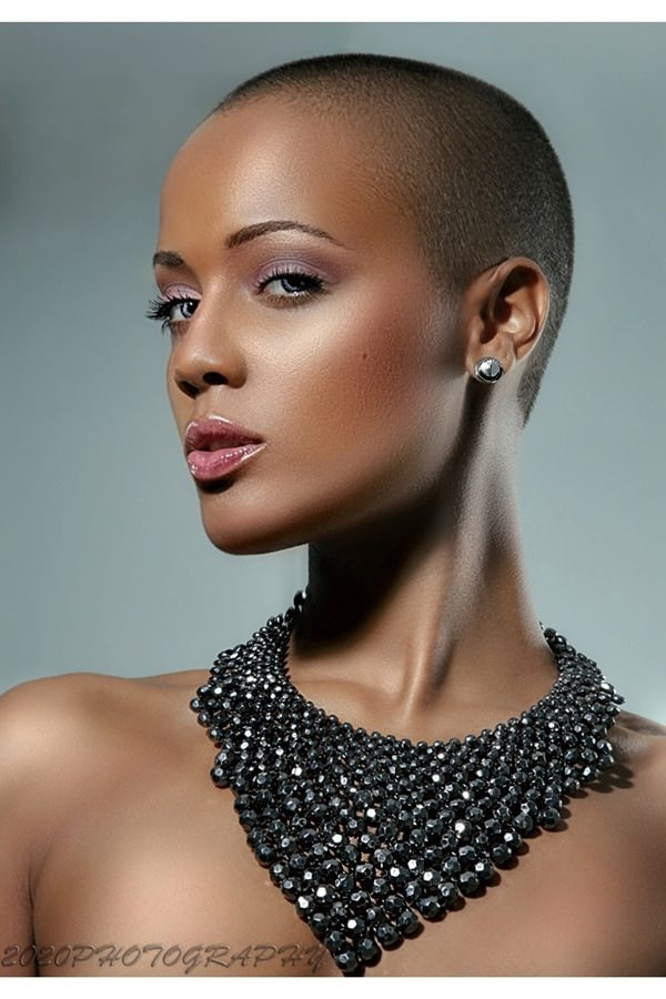 shaved hairstyles for women 31