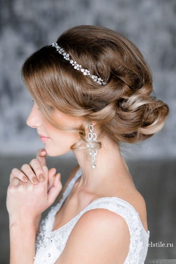 4280116-wedding-hairstyle