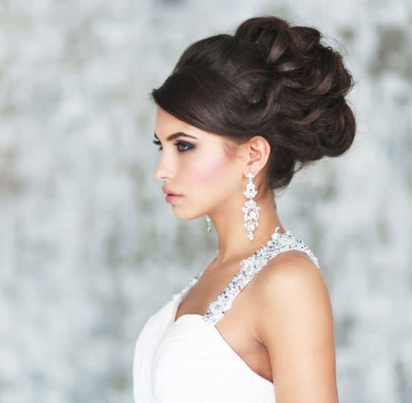 22280116-wedding-hairstyle