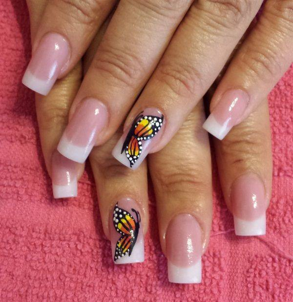 23091215-butterfly-nails