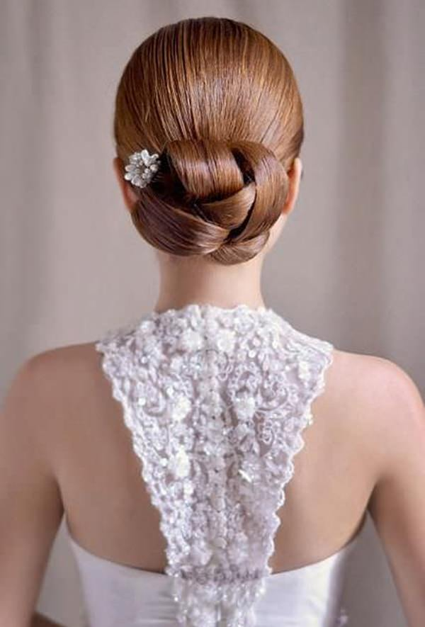 24280116-wedding-hairstyle