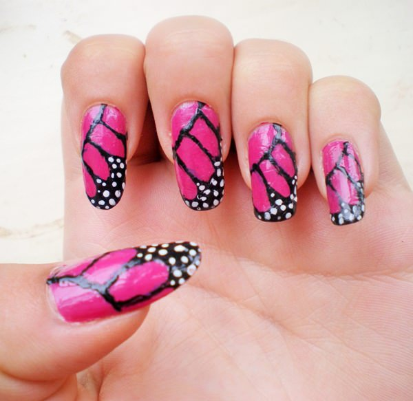 7091215-butterfly-nails