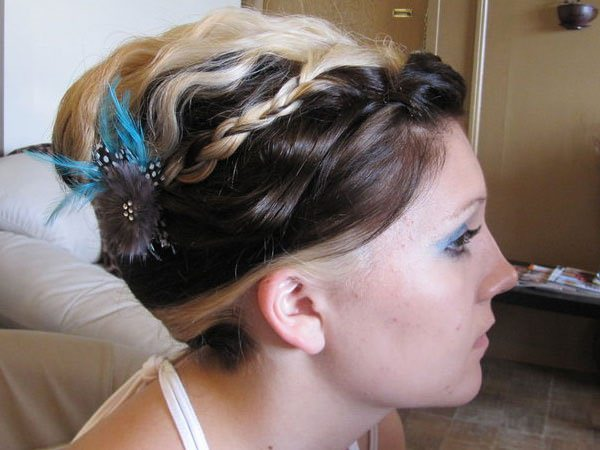 13easy-updos-for-long-hair-100416
