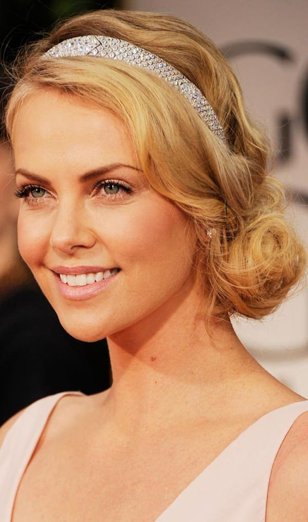 15easy-updos-for-long-hair-100416