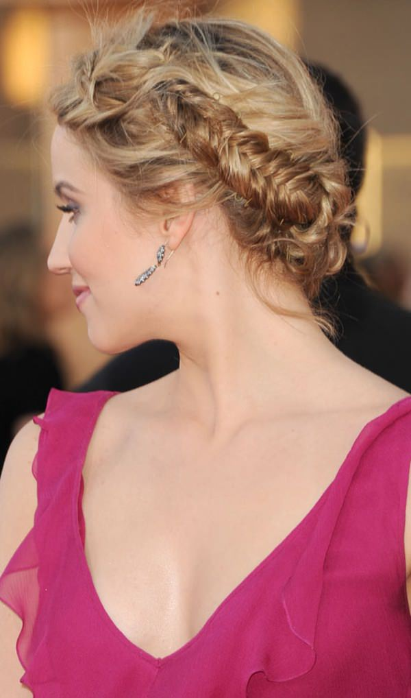 18easy-updos-for-long-hair-100416