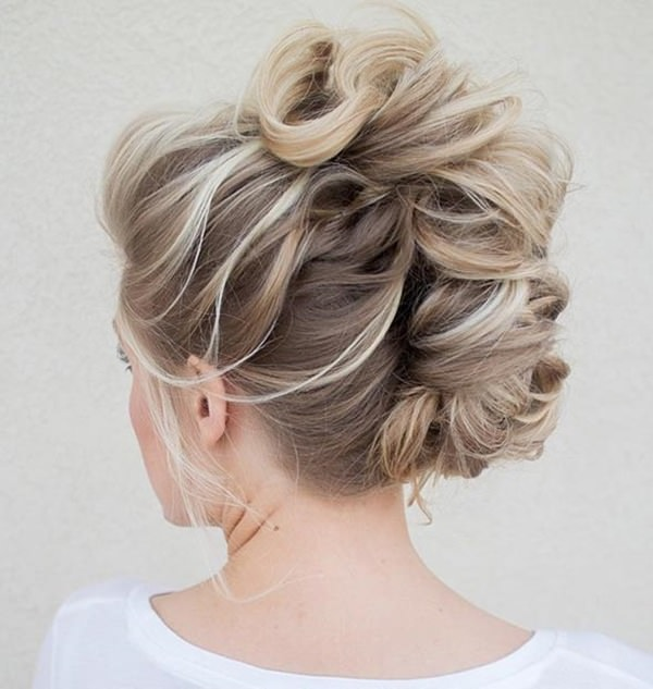 42easy-updos-for-long-hair-100416