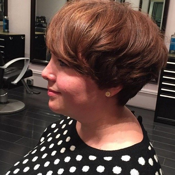 7120416-wedge-haircut