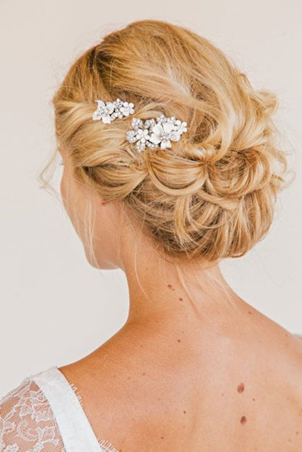 8easy-updos-for-long-hair-100416
