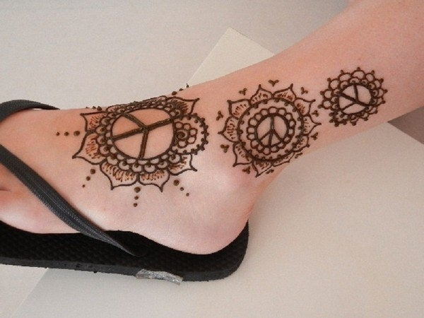 16110416-henna-tattoo-designs