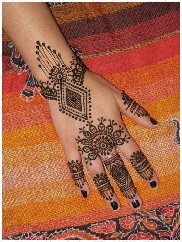 24110416-henna-tattoo-designs