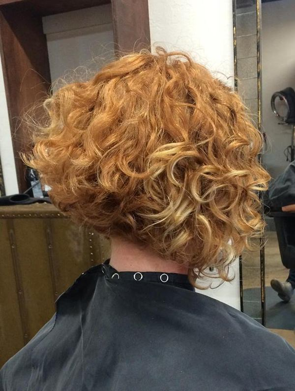 48280816-short-curly-hairstylesangledbobforcurlyhair