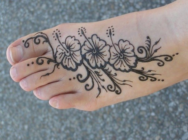 52110416-henna-tattoo-designs