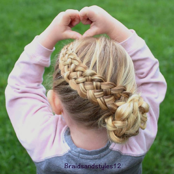 54150916-little-girl-hairstyles
