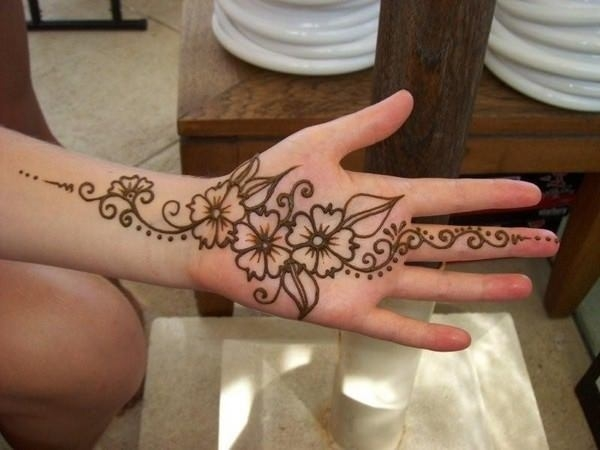 64110416-henna-tattoo-designs