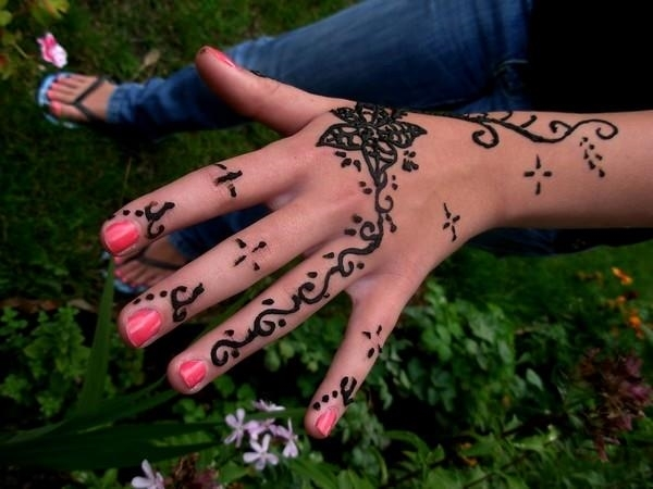 69110416-henna-tattoo-designs