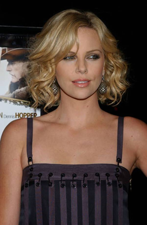 9280816-short-curly-hairstylesshortcharlizetheron