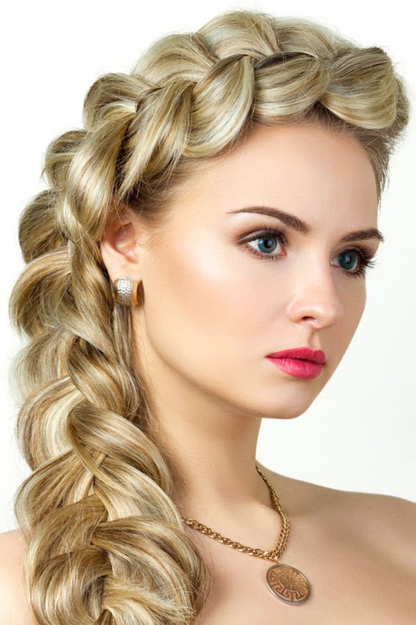 94 Cool and Fashionable Hairstyles For Women