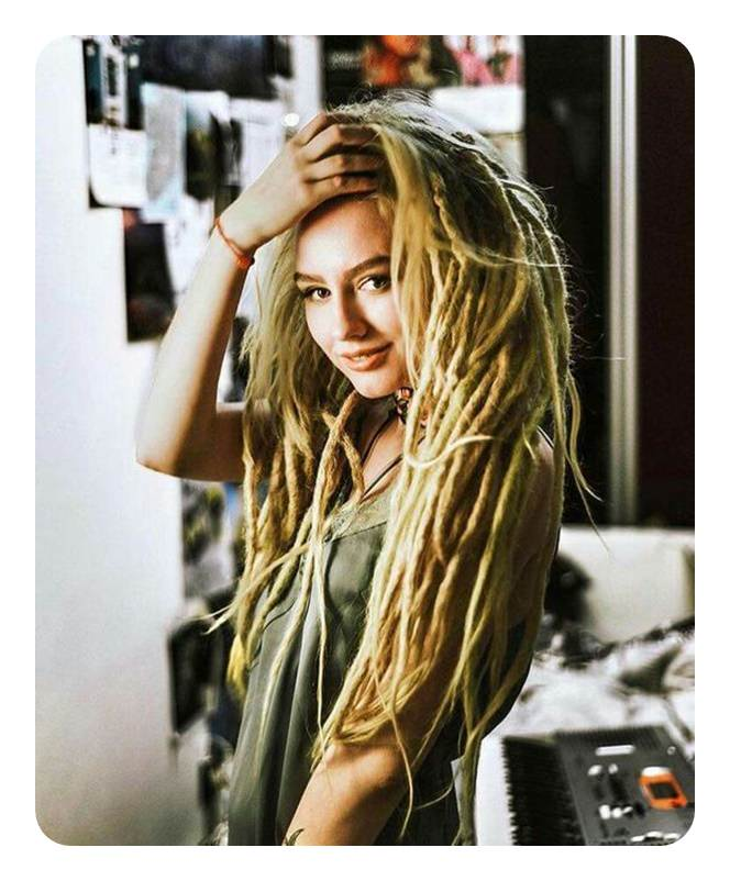 Sexy white girls with dreads