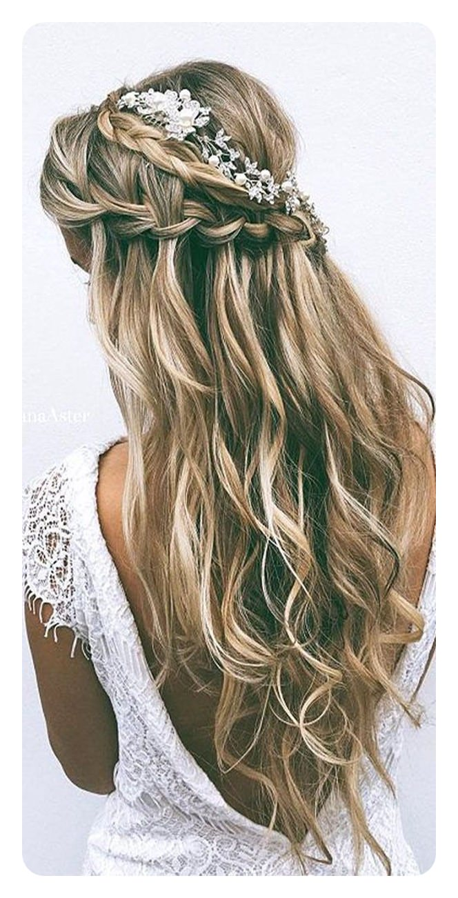 We Love This Soft Style Because It Has An Air Of Romanticism. Braids Are  Great For Graduation.
