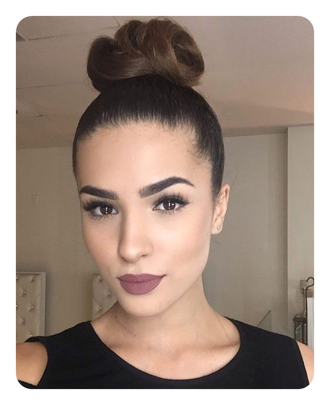 88 Pretty Top Knot Bun That Are Easy To Do