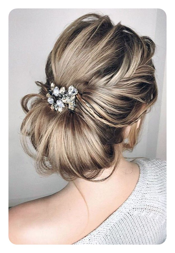 85 Trendy Low Buns For This Season